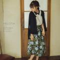高貴な佇まいを演出するフラワージャガードタックフレアスカート【melotia メロティア】 tocco closet(トッコクローゼット)愛花さんはブラック着用