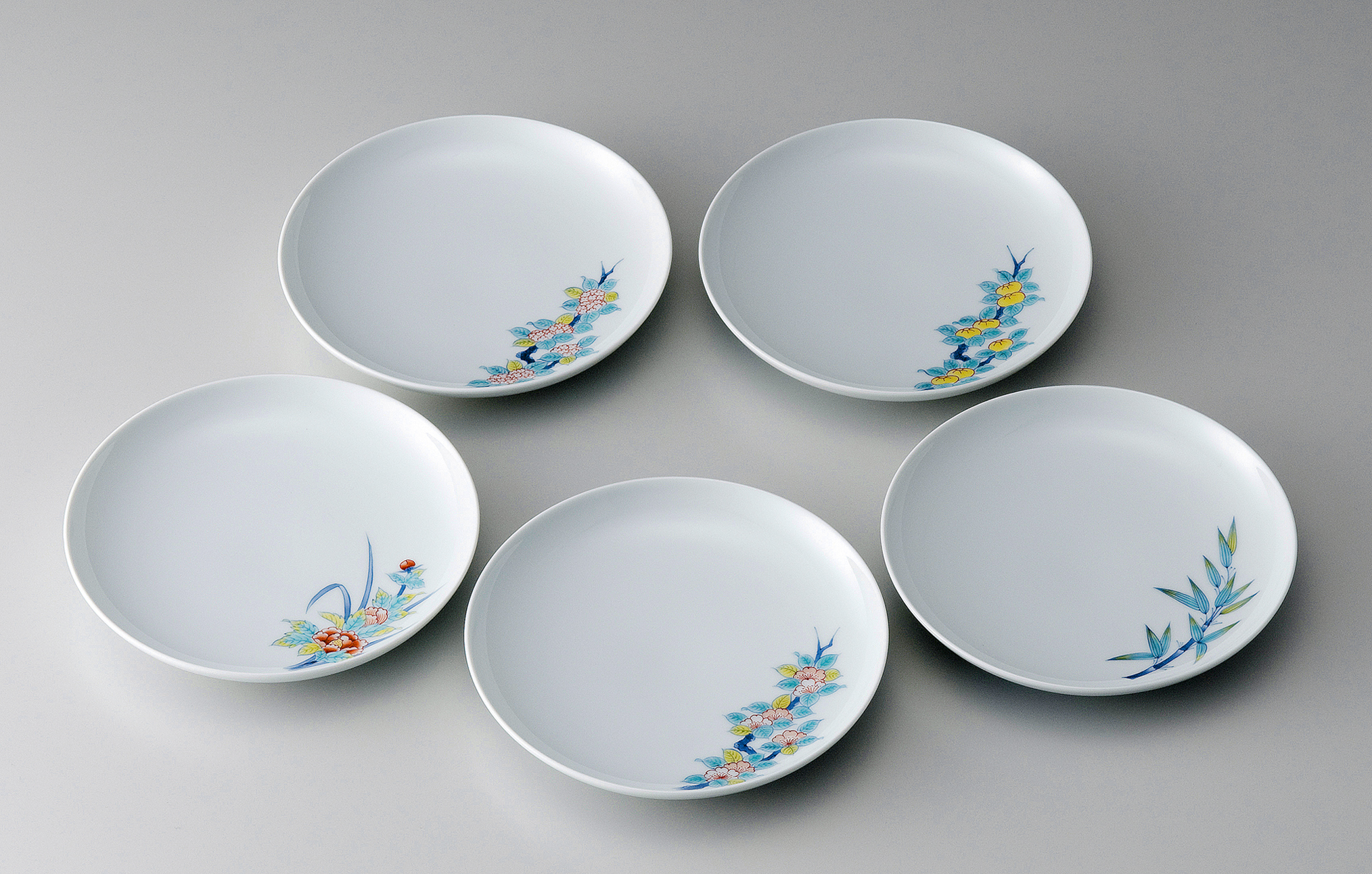 19cm和皿-鍋島五種絵変り