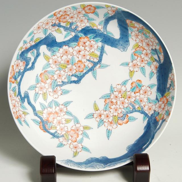 尺高台皿—桜樹文