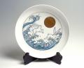 25cm和皿−色鍋島「月に波うさぎ」