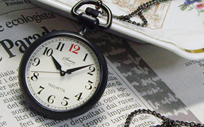 懐中時計の定番「TASCHETTA(タスケッタ)」ブラックモデル