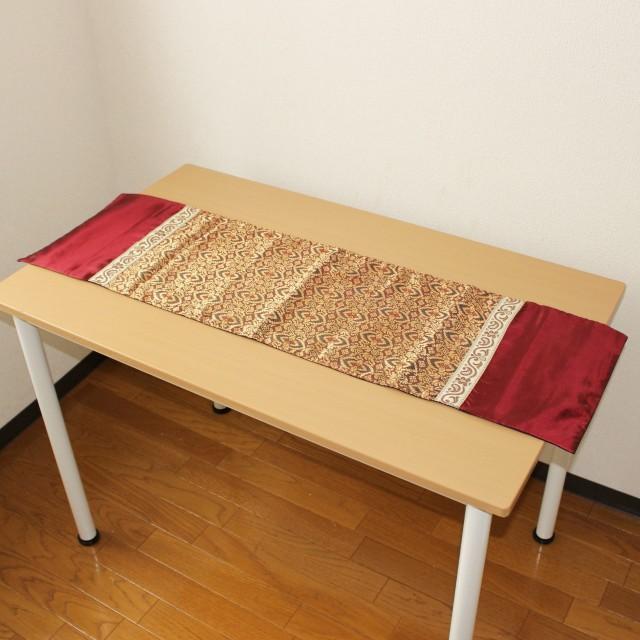 シルクバティックのテーブルランナー(小・エンジ)