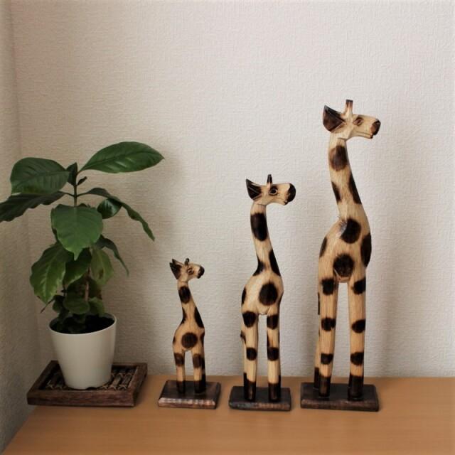 木彫りのキリン親子3匹セット