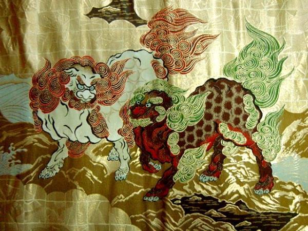 京西陣・金襴生地 唐獅子図 狩野永徳 生地巾38cm×長さ75cm単位 切り売り