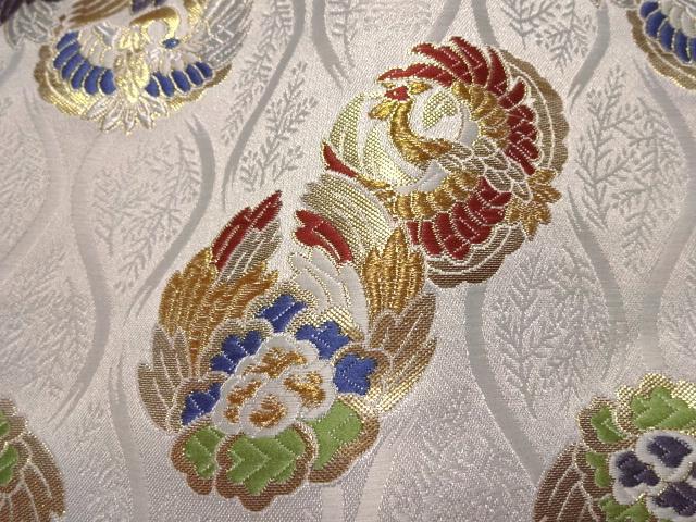京西陣・金襴 生地 立涌に鳳凰の丸 (白) 10cm単位 切り売り / 和柄 和風 衣装 生地 よさこい 舞台