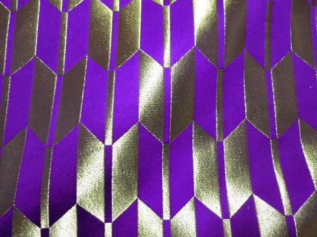 京西陣・金襴 生地 矢羽根文(紫)  (和柄 和風 衣装 生地)