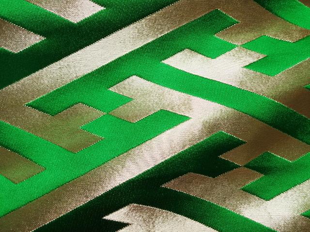 京西陣・金襴生地 大紗綾形 (緑) 10cm単位 切り売り / 和柄 和風 衣装 生地