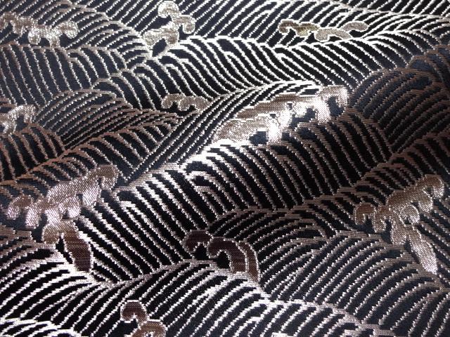 京西陣・金襴生地 波頭(黒・銀) (和柄 和風 衣装 生地)