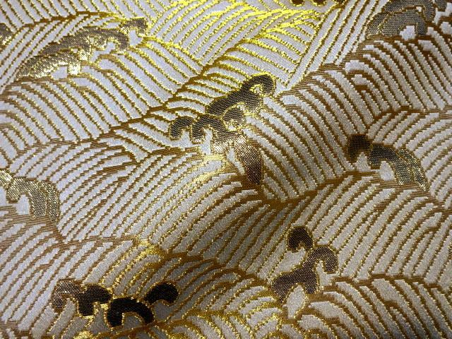 京西陣・金襴生地 波頭 (白・金)  10cm単位 切り売り / 和柄 和風 衣装 生地
