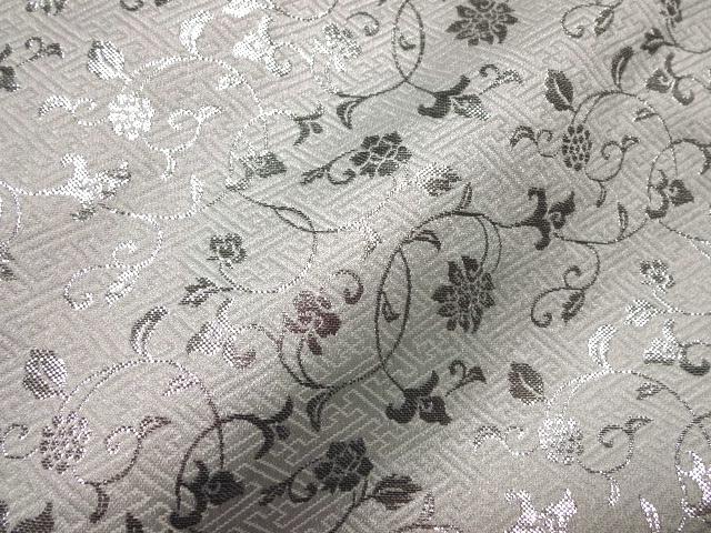 京西陣・金襴生地 サヤ型地に花唐草(白・銀)(和柄 和風 衣装 生地)
