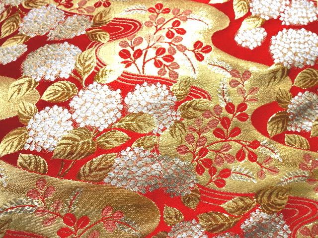 京都西陣織・金襴生地 流水に紫陽花文(赤) 10cm単位 切り売り 和柄 和風生地 はぎれ 布地 きんらん よさこい