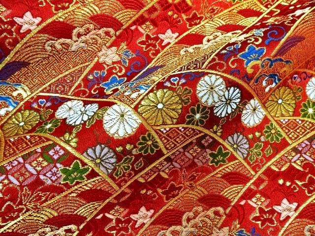 京西陣・金襴生地 波割付菊花文(赤) 10cm単位 切り売り / 和柄 和風 衣装 生地