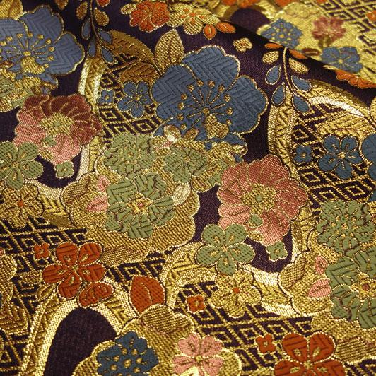 京都西陣織・金襴生地 紫地金菱流し花文 10cm単位 切り売り 和柄 和風生地 はぎれ 布地 きんらん よさこい