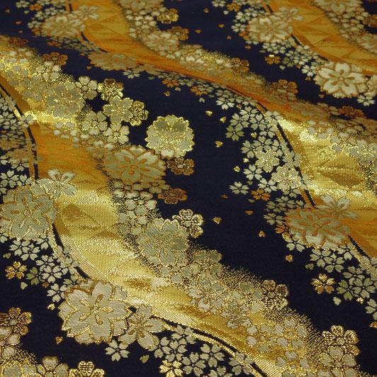 京西陣・金襴生地 流光桜花(紺) 10cm単位 切り売り 和柄 和風生地 はぎれ 布地 きんらん よさこい