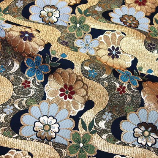 京都西陣織・金襴生地 流水花(紺) 10cm単位 切り売り 和柄 和風生地 はぎれ 布地 きんらん よさこい