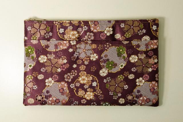 金襴ケース・大 雪輪に花(紫)