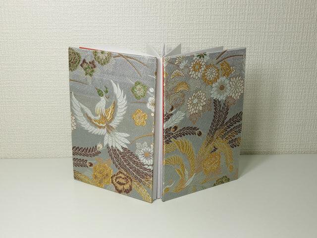 御朱印帳 金襴織物 牡丹鳳凰(銀鼠)