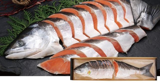 原料原産地名:北海道 活〆塩時鮭半身姿切身 半身 約800g 【104】
