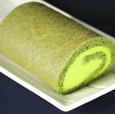 鎧塚俊彦 低糖質ロールケーキ(抹茶)