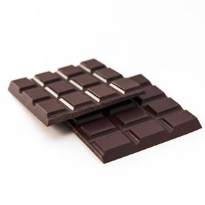 鎧塚俊彦 低糖質チョコレート