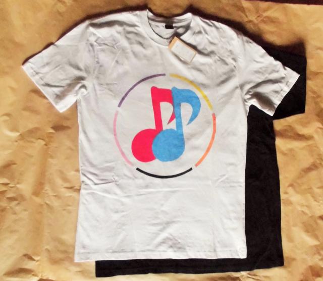 《おんぷTシャツ》 白・黒2色同じデザイン‼