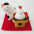 正月飾り 「のぞき猫と鏡餅」 龍虎堂 リュウコドウ ちりめん細工  正月飾り 日本製