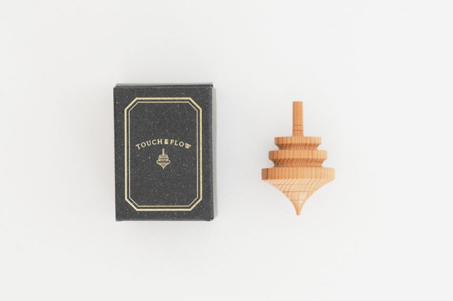 T&F 木製コマ