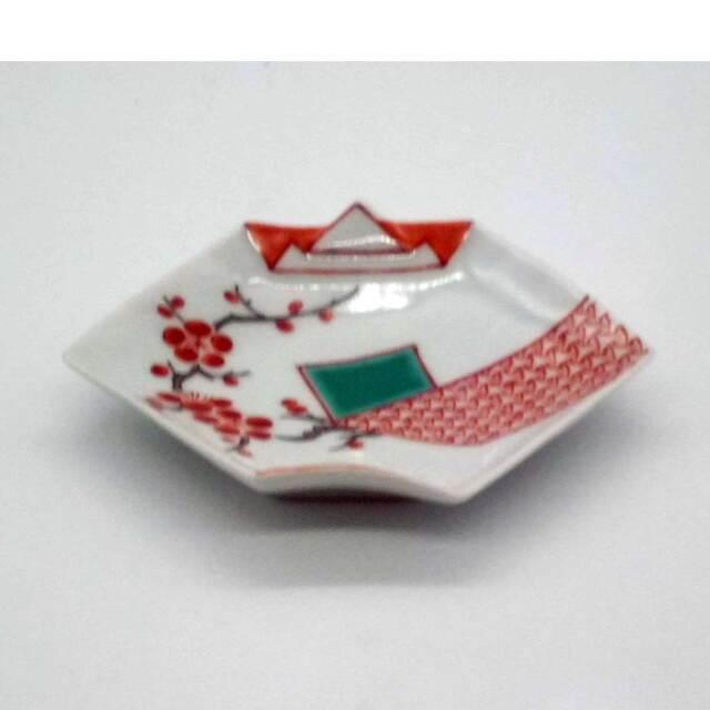 有田焼 赤絵 錦地紋 梅 折紙型 手塩皿
