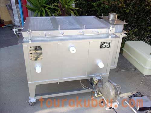 【中古】(日本電産シンポ)灯油・無煙窯『KTB-70型』+温度計<入荷〇>