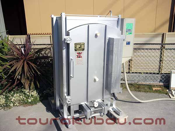 【中古】シンリュウ スライド式電気窯『SR-12FE・RF』 2006年製 200V単相 ※還元仕様<商談中>