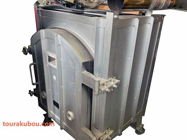【中古】(講和線産業)平和陶芸窯  灯油窯KHK-15F型 2000年製<商談中△>