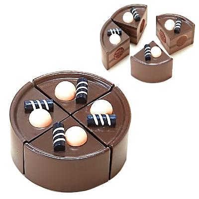 【おもちゃのジャンボ】 木のおもちゃ おままごと 食材 ケーキ (チョコ) ミニキッチン 拡張パーツ 木製玩具 通販 販売