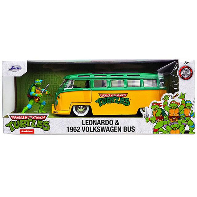ティーンエイジ ミュータント ニンジャ タートルズ オリジナルシリーズ ジェイダトイズ メタルズ 1/24 スケール ダイキャストカー レオナルド & 1962年式 フォルクスワーゲン・バス