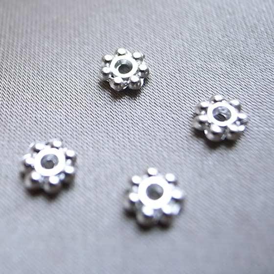 メタルパーツ(シルバー)ボタン4個セット