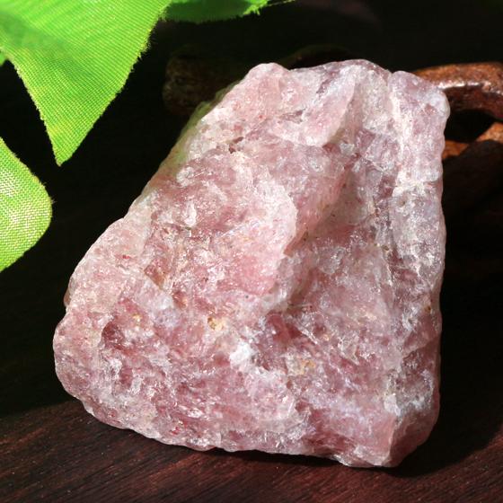 ストロベリークォーツ原石(タンザニア産)天然石パワーストーン04 (tg170704str001redmind) メール便不可