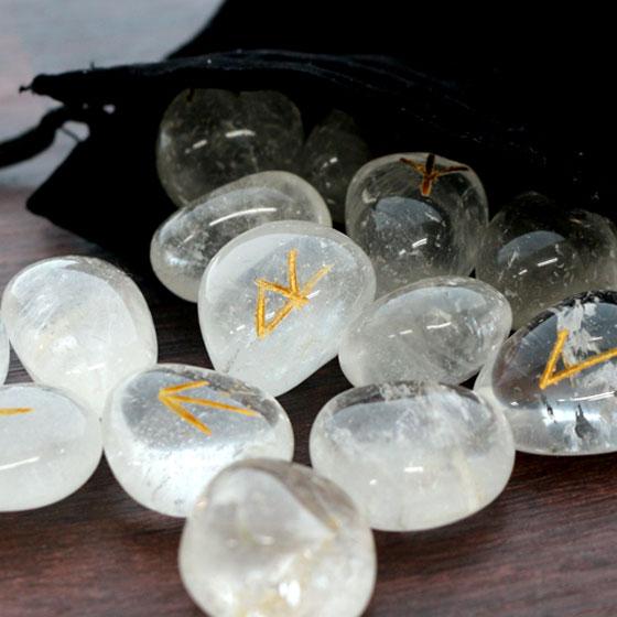 ルーンストーンヒマラヤ水晶