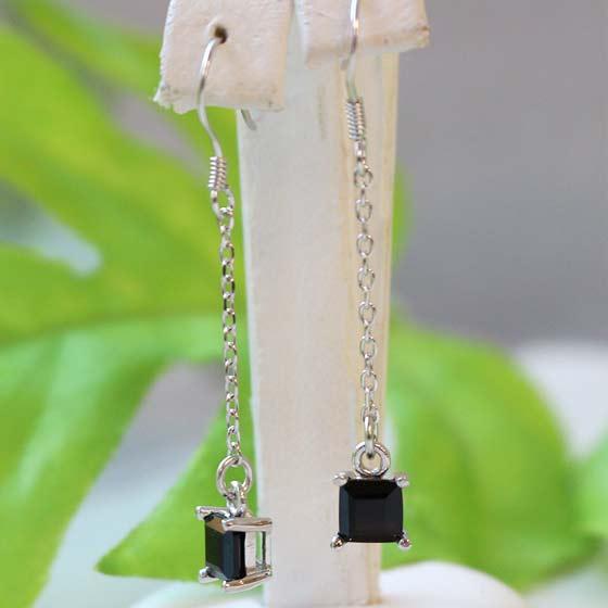 中国産黒水晶ロングピアス スクエア型