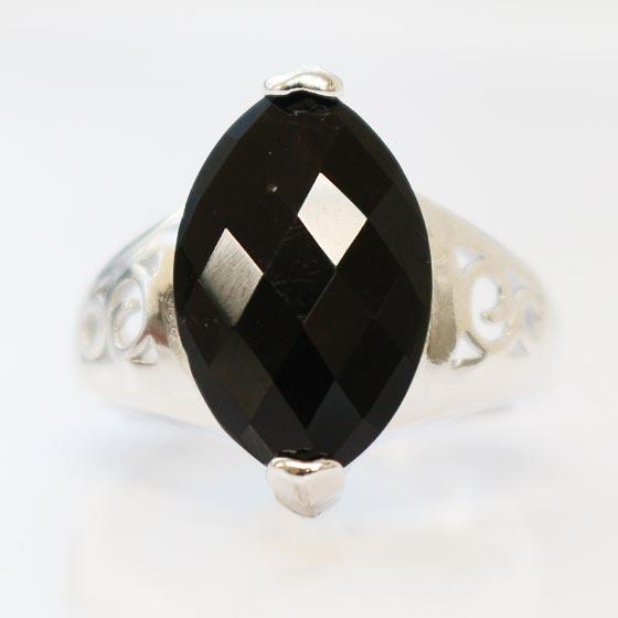 黒水晶マーキーズカットシルバーリング