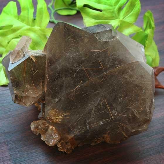 ブラジル産スモーキータイチンフラワールチルクォーツ原石