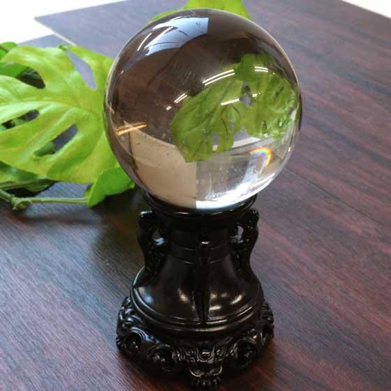 ブラジル産水晶66.5mm球体(台座付)パワーストーン
