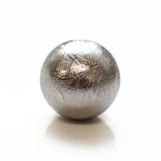 スウェーデン産メテオライト約15mm球 丸玉