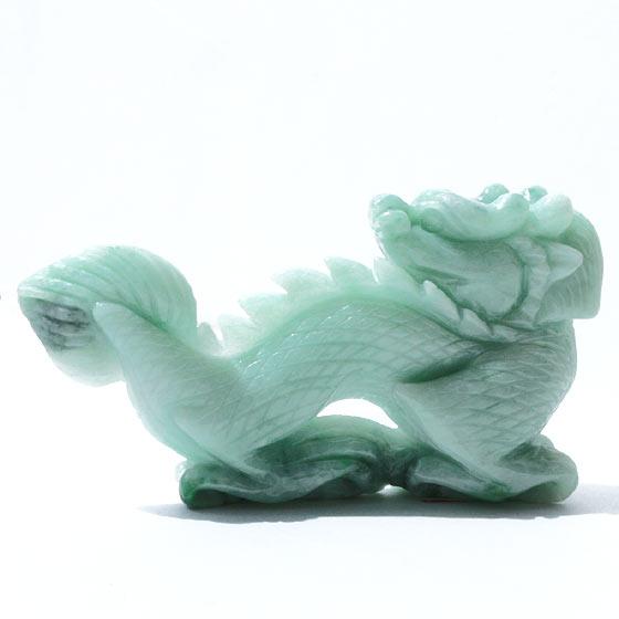 ビルマ翡翠 龍置物 グリーン