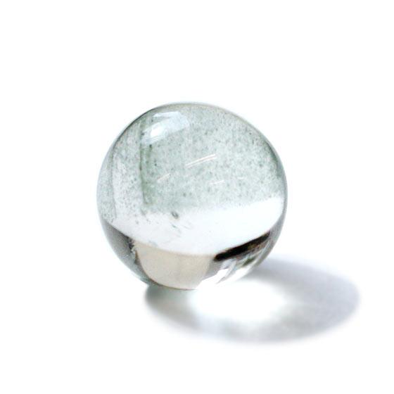 ガネーシュヒマール産 ヒマラヤ水晶 約12mm球