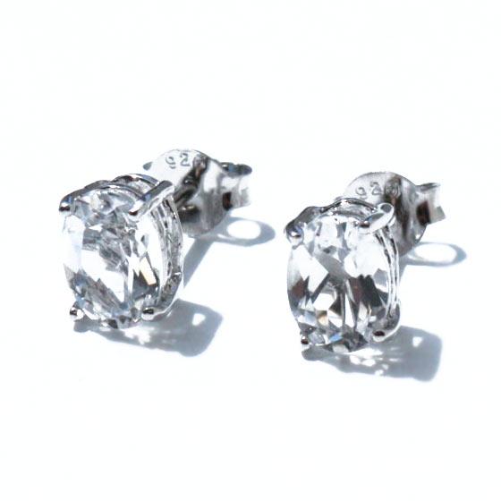 タプレジュン産 ヒマラヤ水晶 オーバルカット SV ピアス