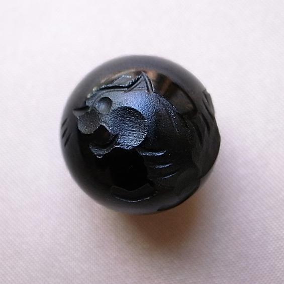 四神彫り  白虎(オニキス) 12mm メール便可
