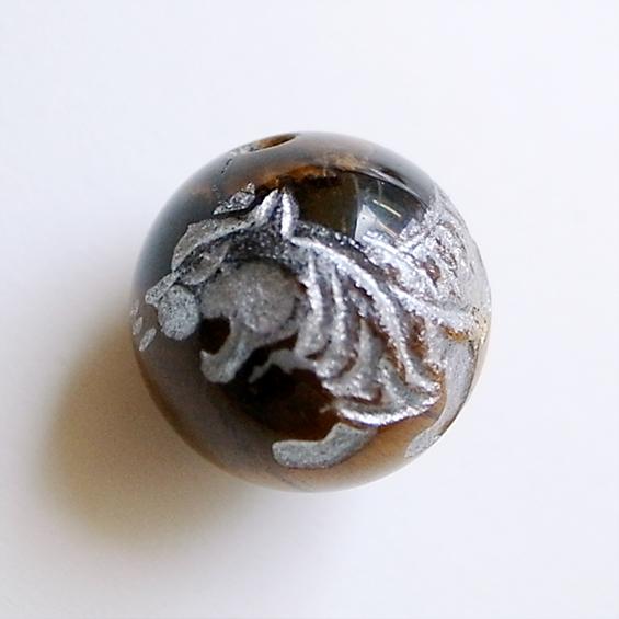 四神彫り  白虎(タイガーアイ・銀色彫刻) 12mm メール便可