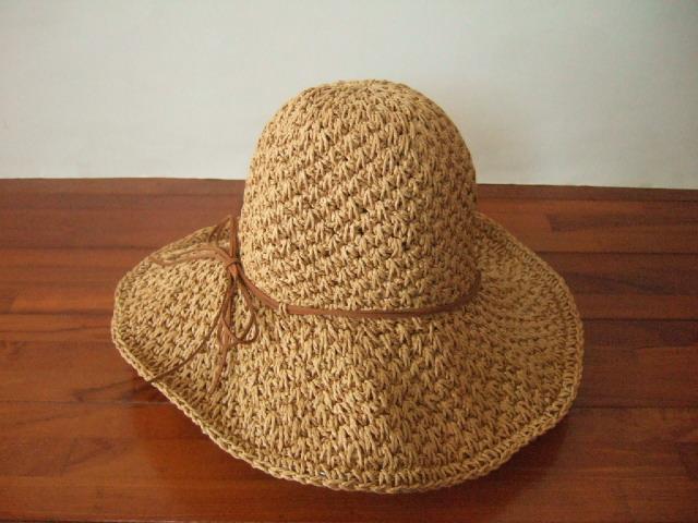 【タイ製】ラフィアハット 帽子 ナチュラル 細リボン付き 麦わら帽タイプ