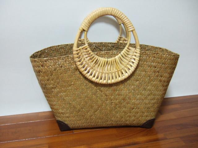 【タイ製】カチュー(水草)のバッグ 持ち手は竹製 内布なしタイプ 角補強