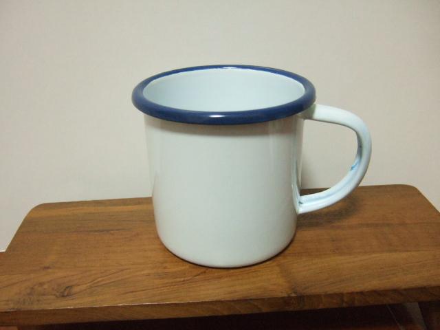【タイ製】ホーローマグカップ 白