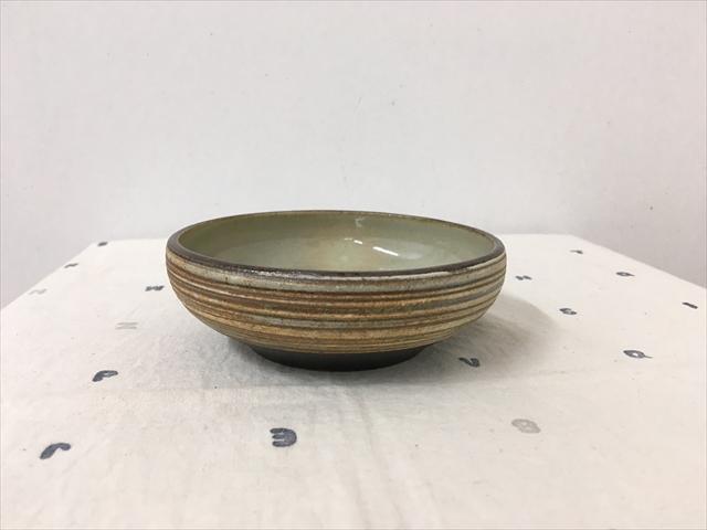 沖縄産 ツチノヒ やちむん 丸鉢4寸 刷毛目